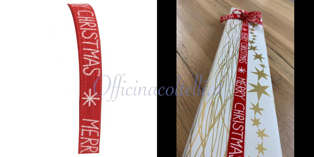 Nastro rosso con scritta Merry Christmas